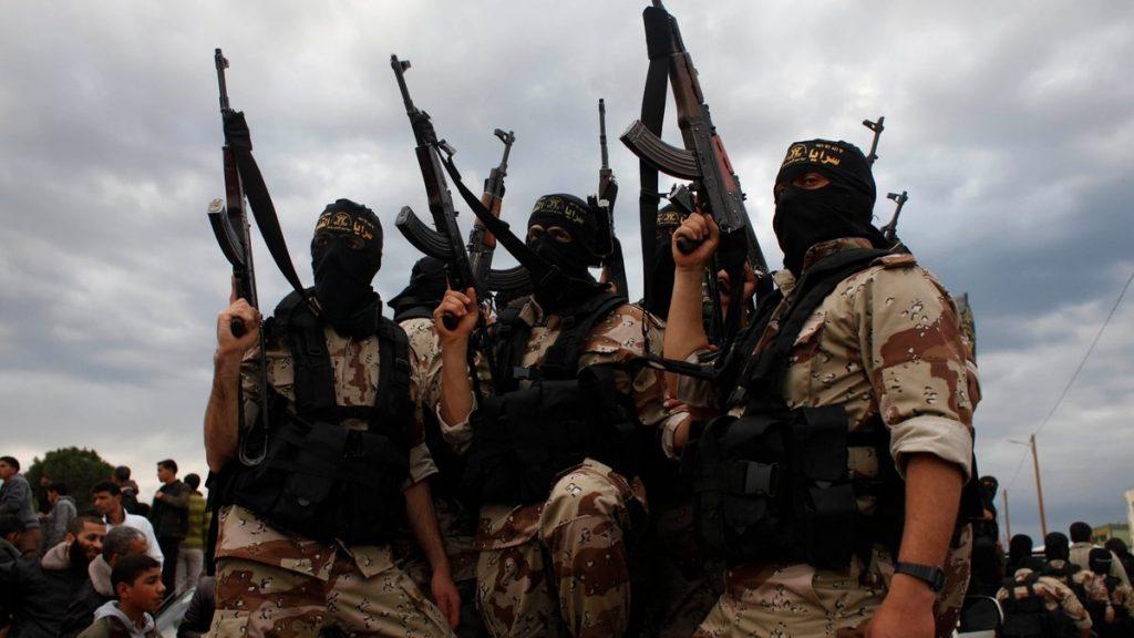 В Нагорном Карабахе предложили выявлять прибывших извне террористов – эксперт