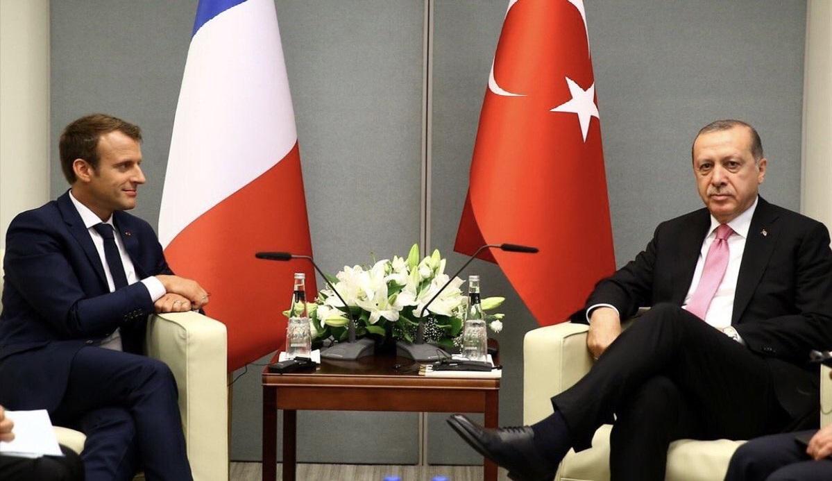 Эрдоган посоветовал Макрону проверить психику