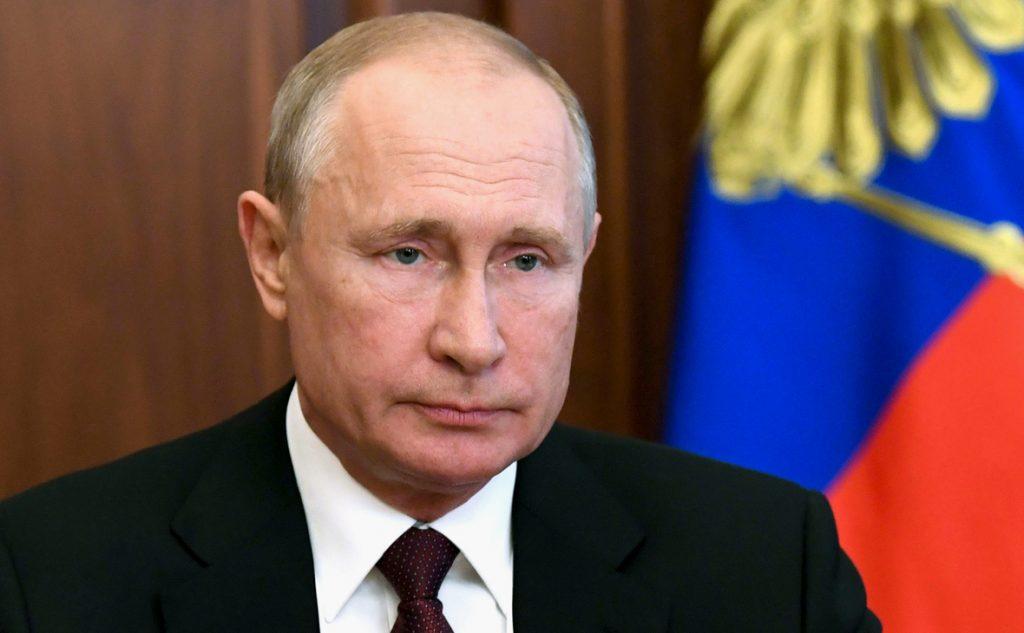 Президент России продлил действие ответных санкций против стран Запада