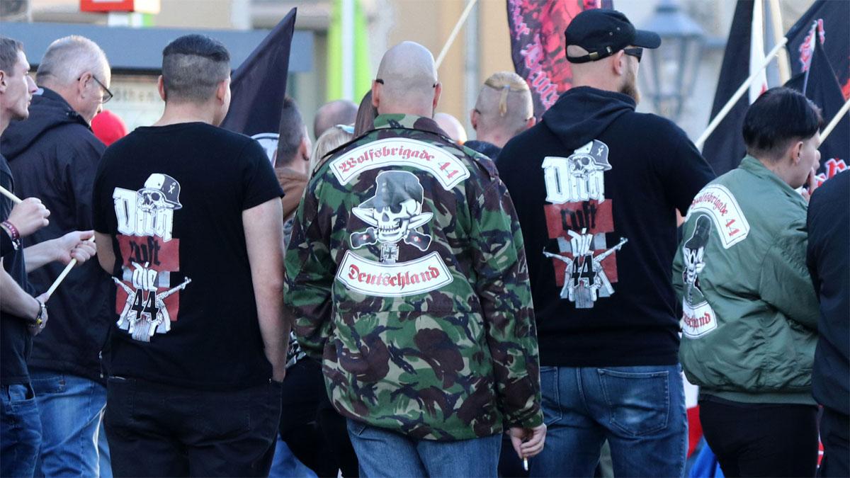 немецкие праворадикалы Sturmbrigade 44