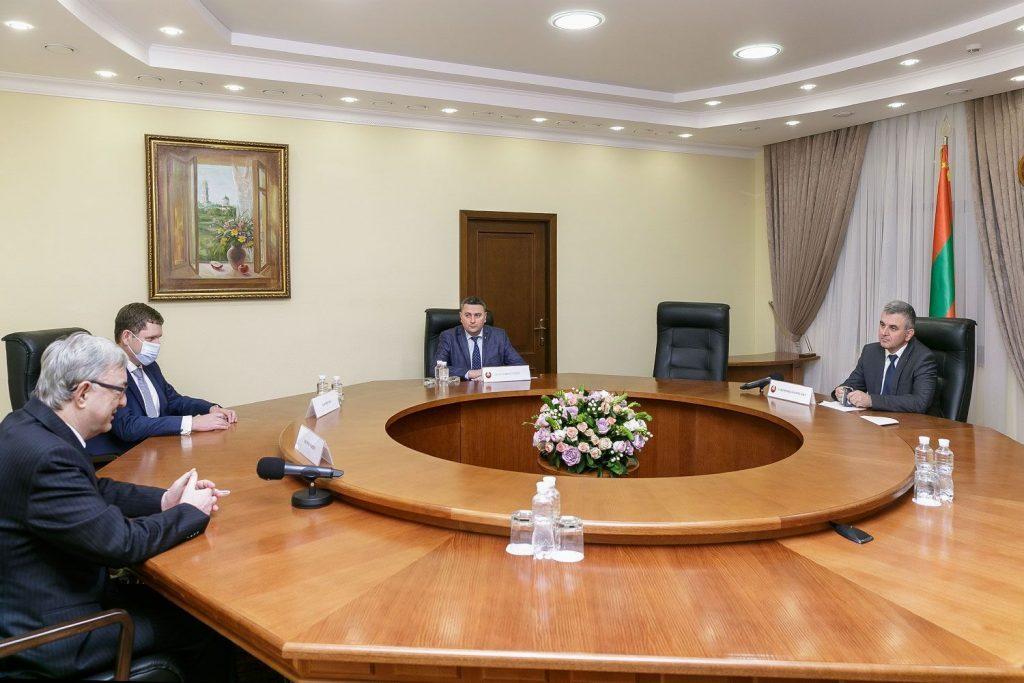 Глава ПМР принял посла Чехии в Молдавии