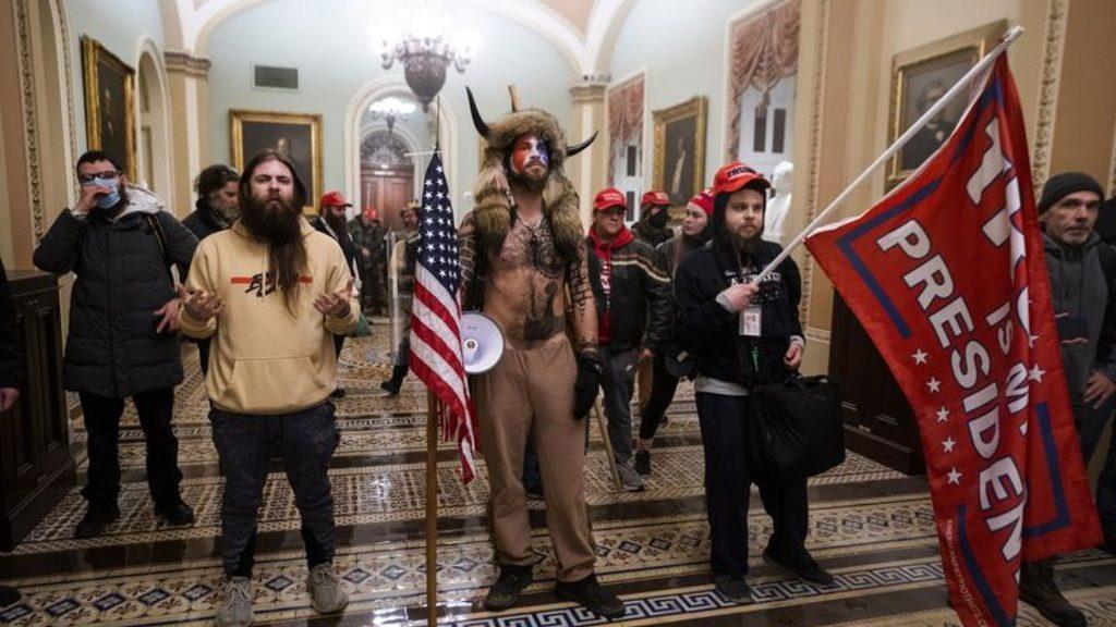 протестующие заняли Капитолий