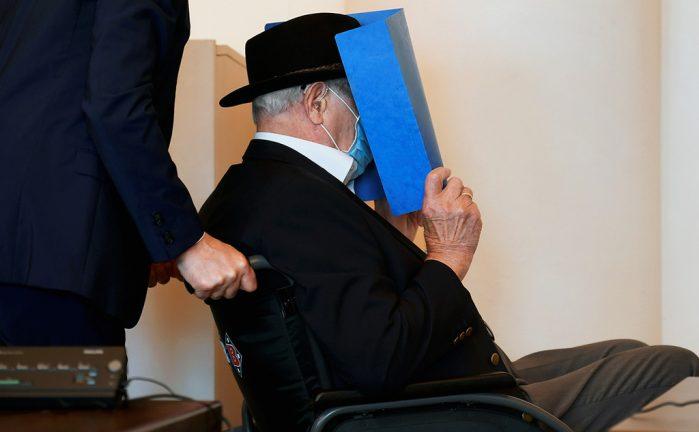 бывший надзиратель лагеря Штуттгоф в суде Гамбурга
