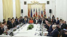 Источники: США близки к снятию ряда санкций с Ирана