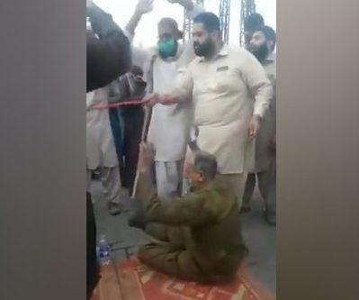 Антифранцузские протесты в Пакистане c захватом заложников и убийствами полицейских
