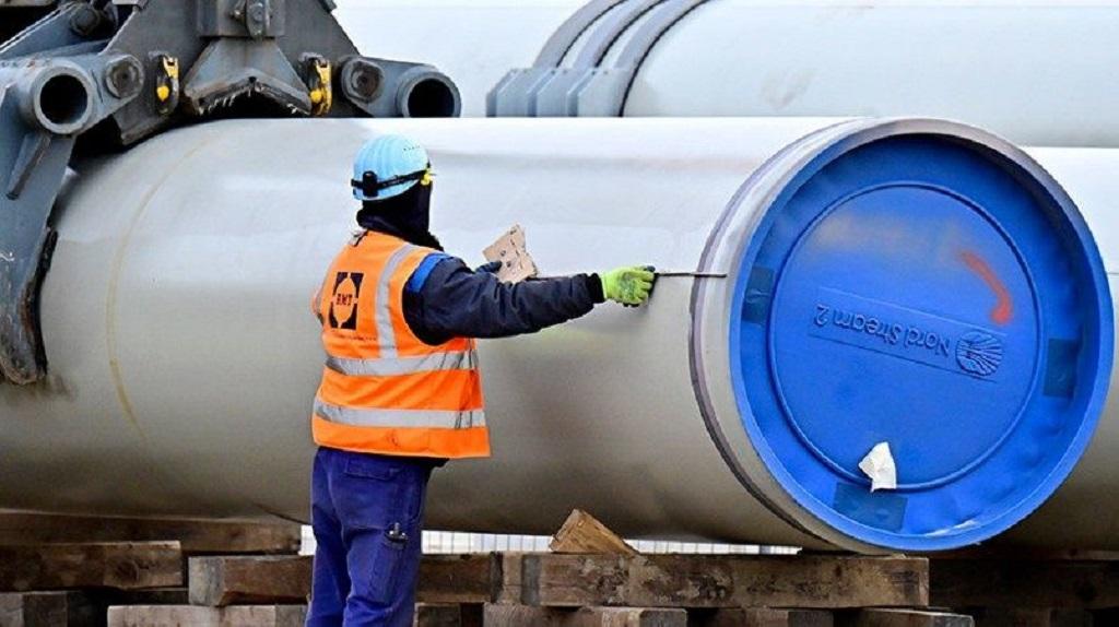 Европарламент: строительство «Северного потока-2» надо остановить и отключить Россию от SWIFT