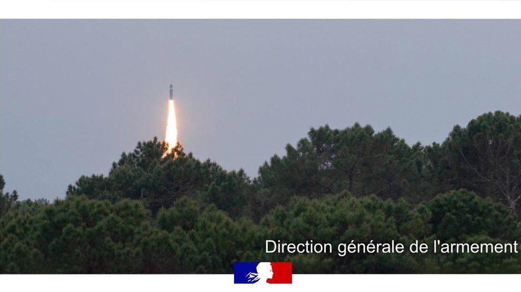 Франция испытала межконтинентальную ракету подводных лодок