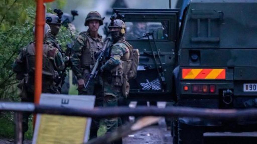 В Бельгии ищут солдата в связи с угрозой теракта
