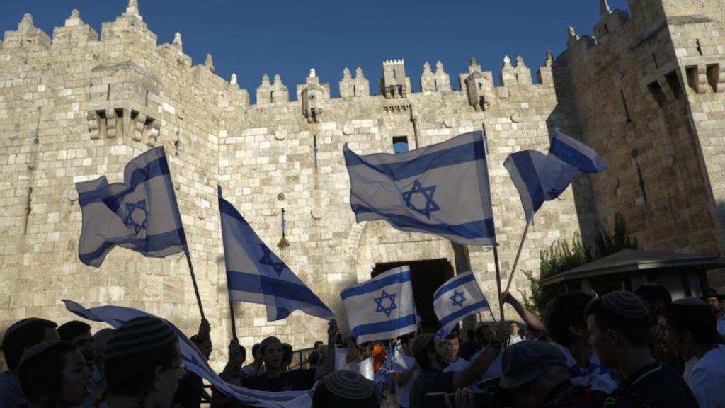 марш еврейских националистов в Иерусалиме