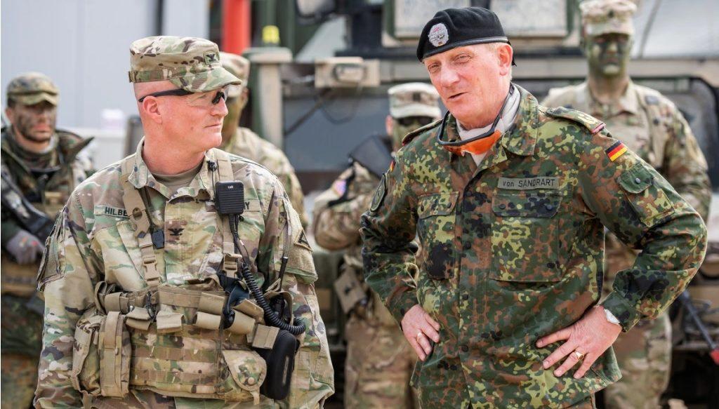 офицеры армий сша и фрг