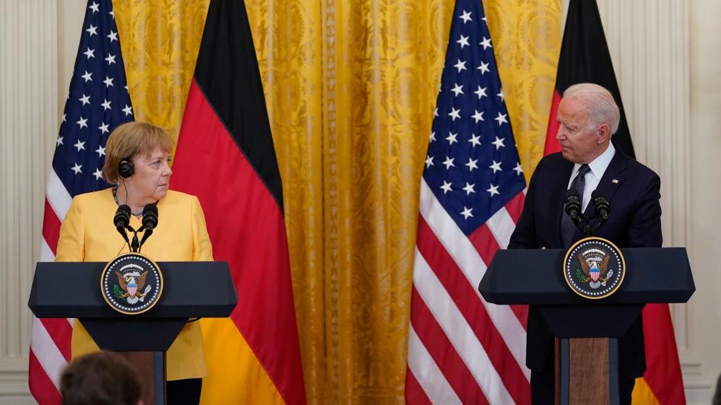 Меркель и Байден