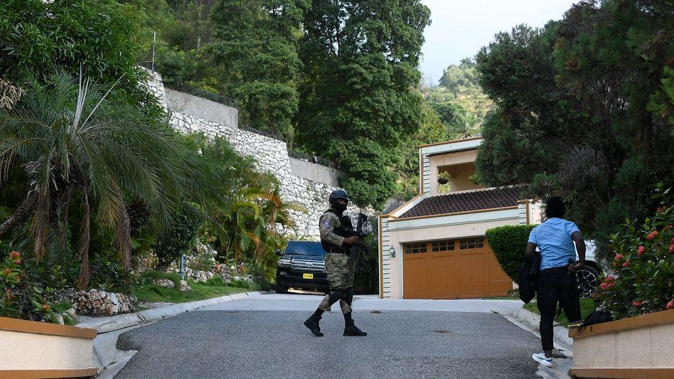 охрана резиденции главы Гаити