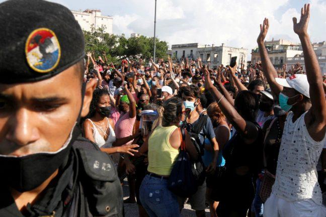 митинг на Кубе
