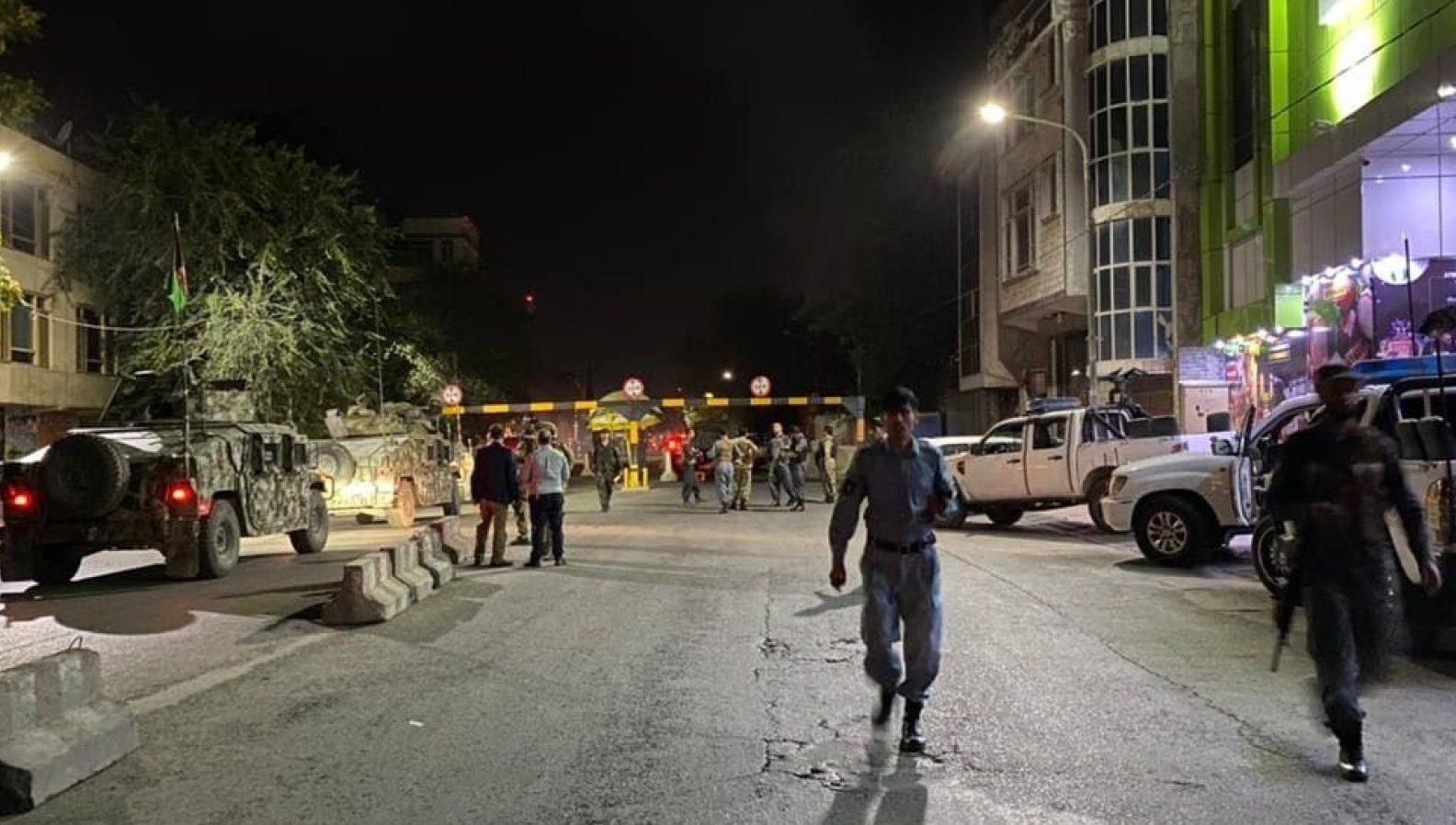 полиция возле дома и.о. министра Кабул