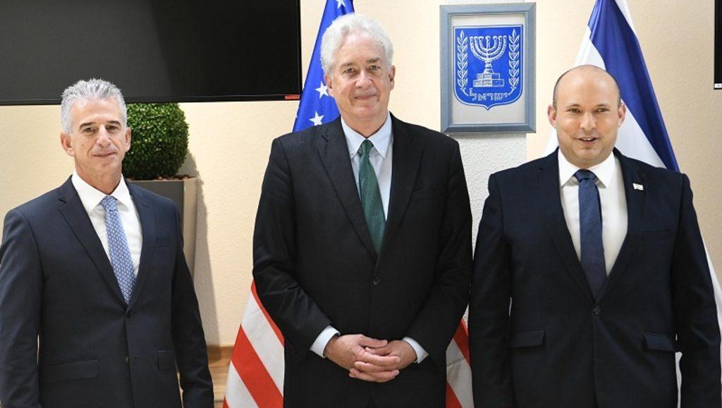 глава ЦРУ на встрече с израильским премьером и главой Моссада