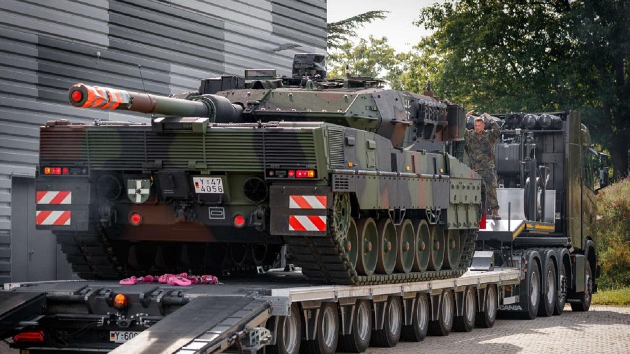 Немецкая армия начала получать танки «Леопард 2А7V»