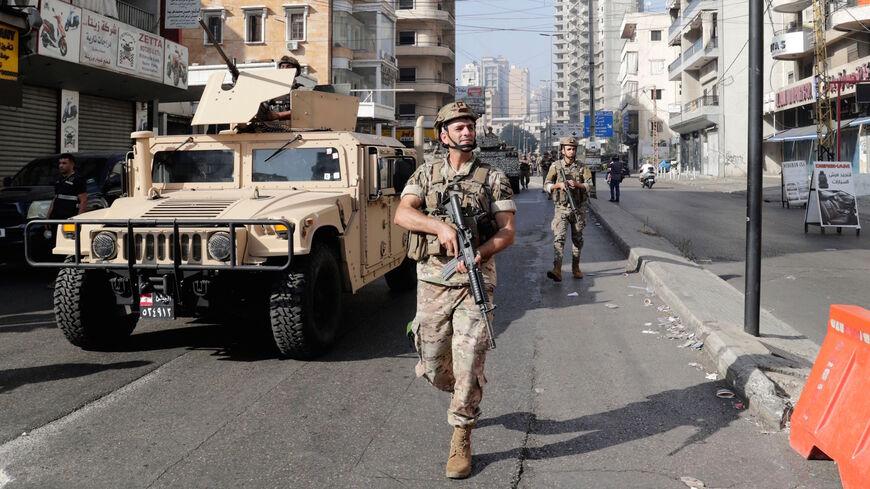 стрельба и беспорядки во время протеста в Бейруте
